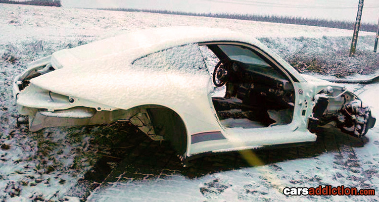 Porsche 911 GT3 RS 4.0 (977) Stolen and Stripped
