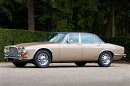1973 Daimler Double Six Series II